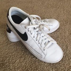 Nike blazer low tops